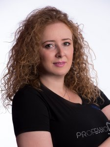 Alexandra Oprea  - instructor NailShop